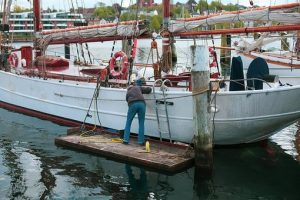 make money from Boat cleaning