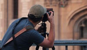 Sell photographs on the web